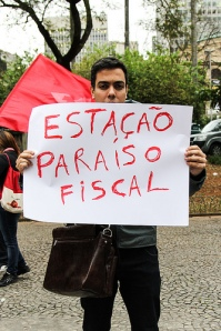 Manifestante contra o Propinoduto